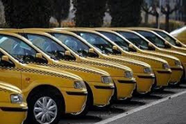 کاهش تعداد سرنشینان تاکسی ها به منظور پیشگیری از شیوع کرونا